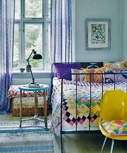 яркая спальня пэчворк одеяло
