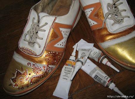 роспись на кроссовках