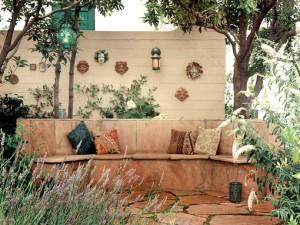 организация места отдыха на даче скамейка