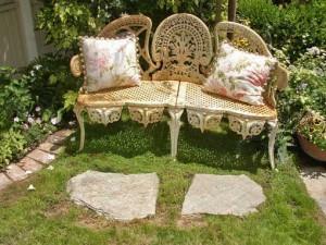 дачная скамейка винтаж подушки