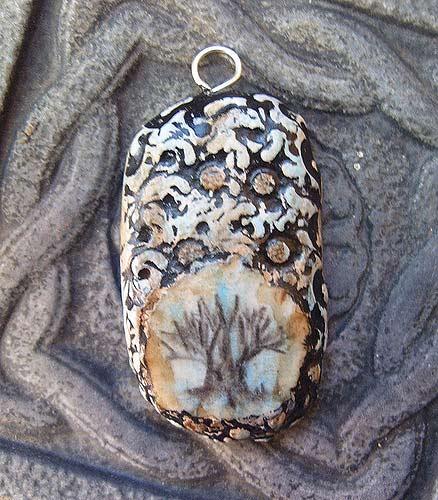 кулон оригинальный дерево