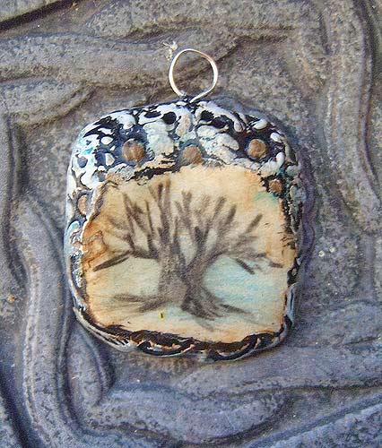 кулон с деревом оригинальный
