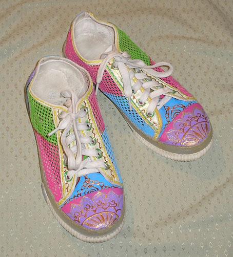 роспись обуви кеды
