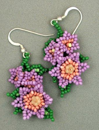 серьги из бисера цветы.