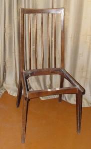 старый стул без сиденья реставрция