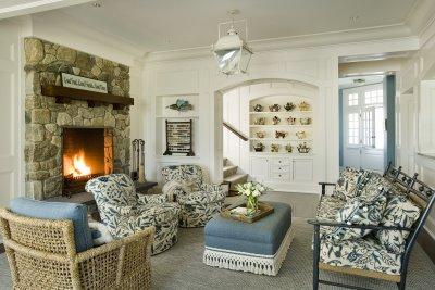 белая гостиная в интерьере