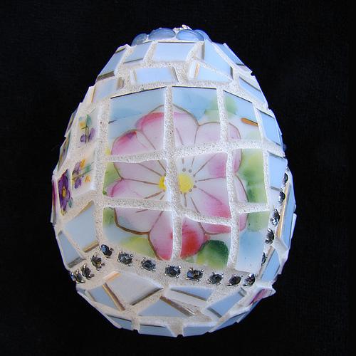 Мозаика из битой посуды. Идеи для украшения из осколков посуды