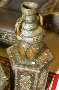 марокканская ваза и столик