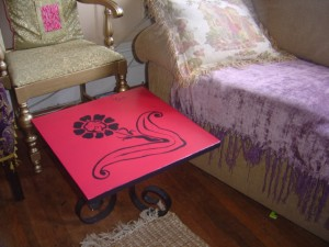 роспись мебели столик хенд-мейд