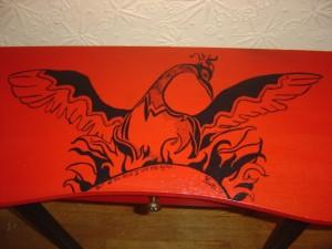 роспись мебели стол