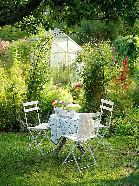 дачное декорирование патио в саду