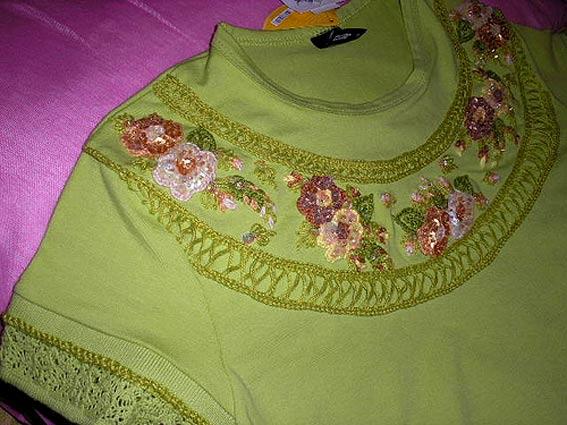 Одежда с вышивкой бисером и паетками