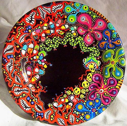 роспись тарелок акриловыми красками - растительные узоры