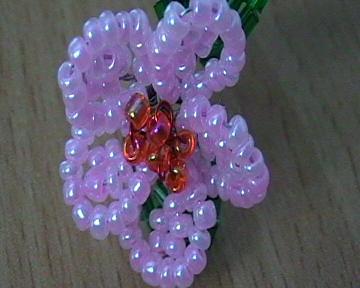 Цветы из бисера своими руками