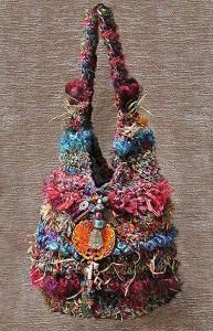 Как сделать сумочку из бисера своими руками.  Где найти схемы?