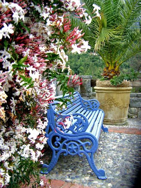 сад в горах декорирование