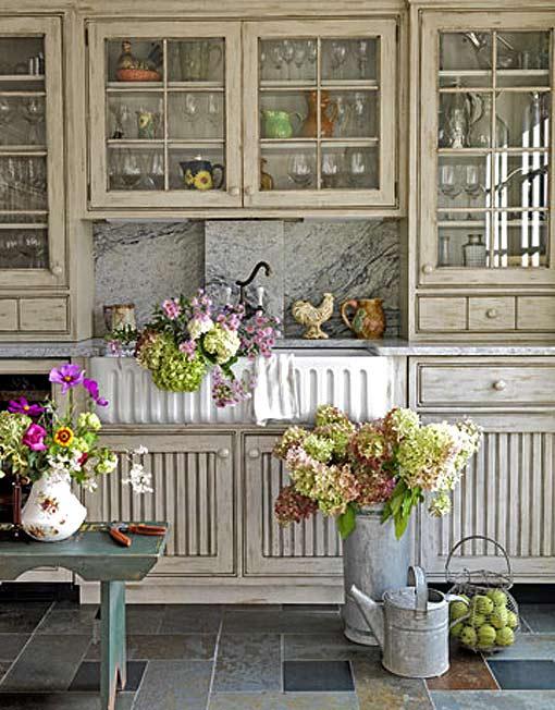 Интерьер загородного дома кухня