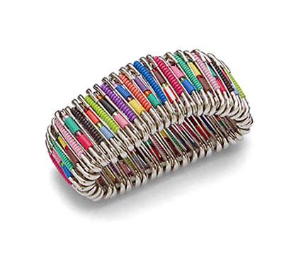 hand-made браслет из булавок