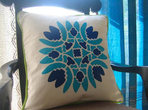 подушка роспись красками по ткани