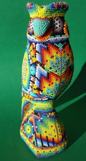 мексиканские фигурки из бисера.