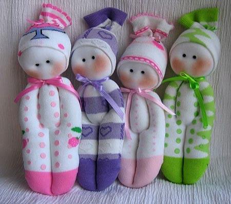 Как сделать куклы из носков