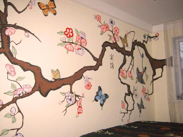 японская роспись на стене