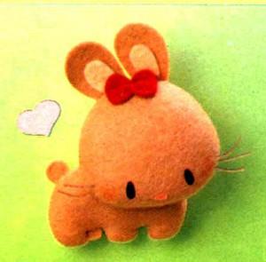 игрушка из фетра заяц