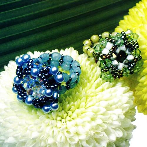 Синее кольцо с хрусталем