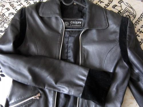 Роспись куртки акрилом - автор Shraddha (22)