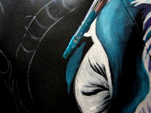 Роспись куртки акрилом - автор Shraddha (6)