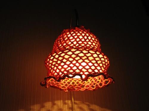 Декор светильника - вязаный крючком плафон
