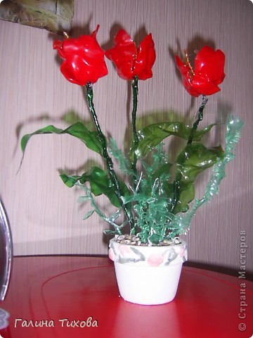 Тюльпаны из пластиковых бутылок 7