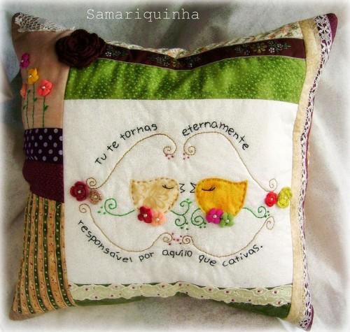 Пэчворк подушка с птицами