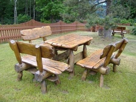 Массивные скамейки из дерева