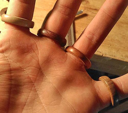 Деревянные кольца на палец своими руками