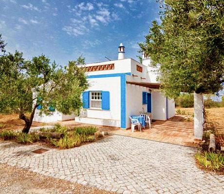 Небольшой домик в средиземноморском стиле