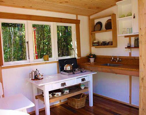 Интерьер кухни на даче