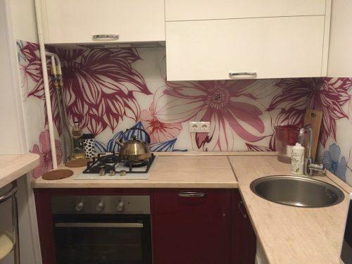 Современная идея дизайна маленькой кухни